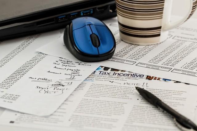 derecho mercantil, trabajo, empresa, derechos, deberes